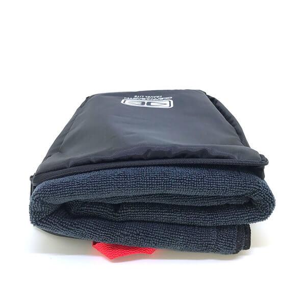 """Ocean & Earth Travel Lite Black Beach Towel 31.5"""" X 60"""""""